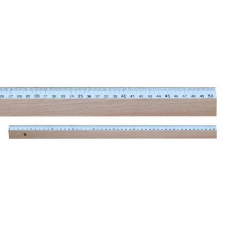 Regla de madera de 50 cm.