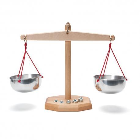 Balanza de madera - platillos de aluminio