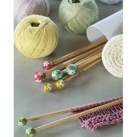 Agujas de punto de bambú pintadas a mano