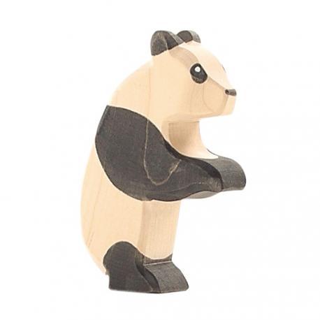 Panda de pie.