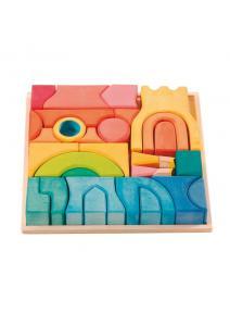 Castillo de madera teñida.